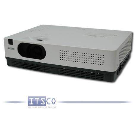 Beamer SANYO PLC-XW200 LCD Projektor