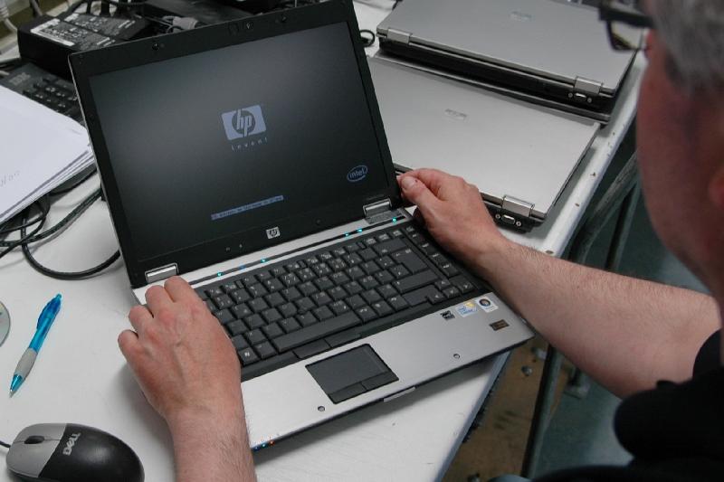 Funktionstest bei einem HP Notebook.
