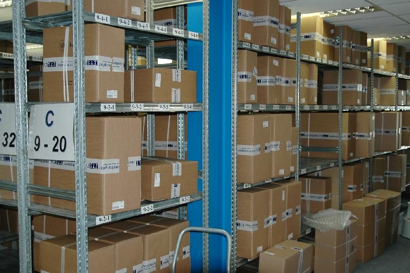 Der Lagerplatz jedes einzelnen Gerätes wird im Warenwirtschaftssystem hinterlegt. So wird bei der ITSCO schnellstmöglicher Versand sichergestellt.